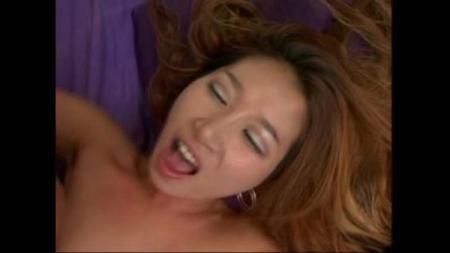 สาวญี่ปุ่นมาโดนควยฝรั่งโคตรใหญ่ หีแหกแน่