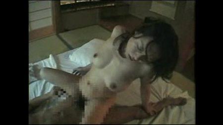 หนังไทยแม่เลี้ยงสาวล่อกับลูกเลี้ยงxxxกันเต็มๆ