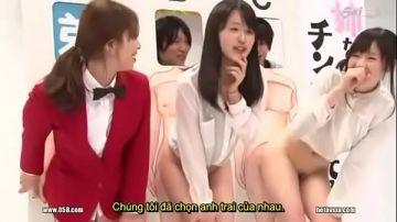 pornญี่ปุ่น เกมทายปริศนาของประเทศญี่ปุ่นช่วงหลังเที่ยงคืน ให้ผู้ชายดูหีของผู้หญิง 3 คนแล้วให้บอกว่าใครเคยเห็นของเมียตัวเอง