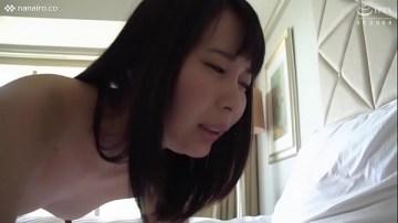 หนังโป้ญี่ปุ่น สาวน้อยเสื้อเอวลอย โดนเย็ดจนตัวแทบลอย