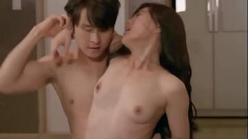 งานเกาหลี เพื่อนสาวสองคนนั่งคุยเรื่องเซ็กส์